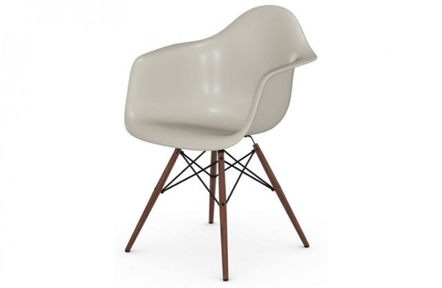Sedia Eames Plastic Chair Vitra DAW