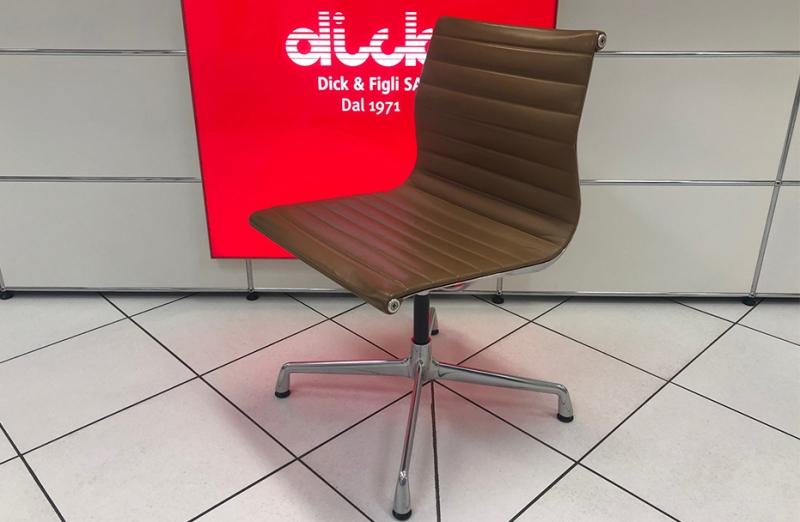 Sedia visita VITRA Aluminium Chair EA 101