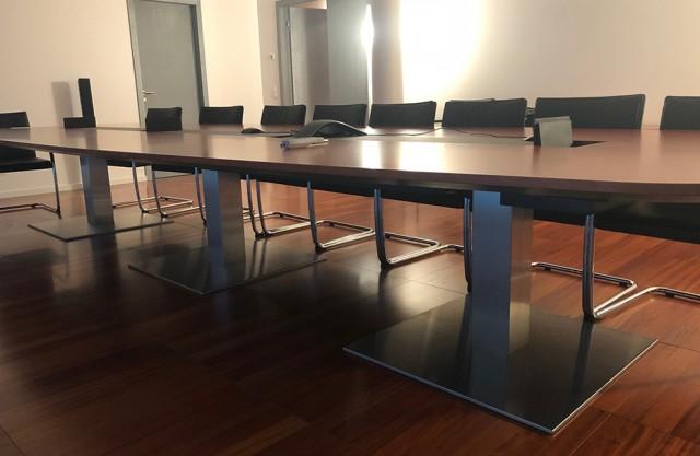 Tavolo riunioni WALTER KNOLL