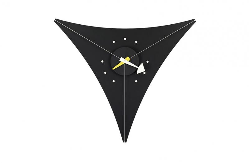 Triangle Clock VITRA